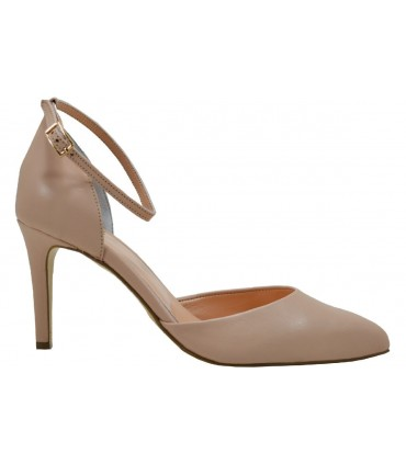 Lou pumps Kate 85