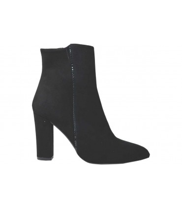 Lou booties Gigi pointed toe